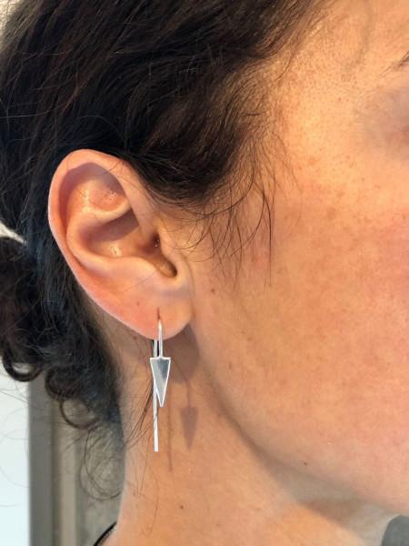 Atelier Coquet - Ohrhaken Triangel Silber