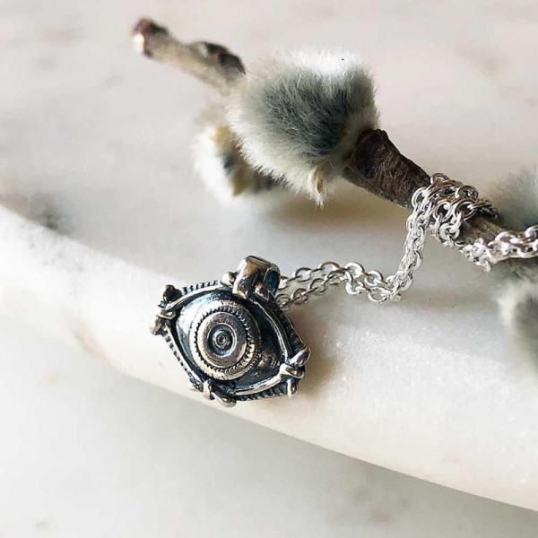 Evil Eye Charm Necklace in Silber